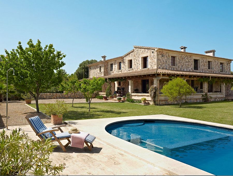 adelaparvu.com despre casa din piatra Spania, casa de vacanta din piatra Mallorca, arhitect Jaume March  (1)