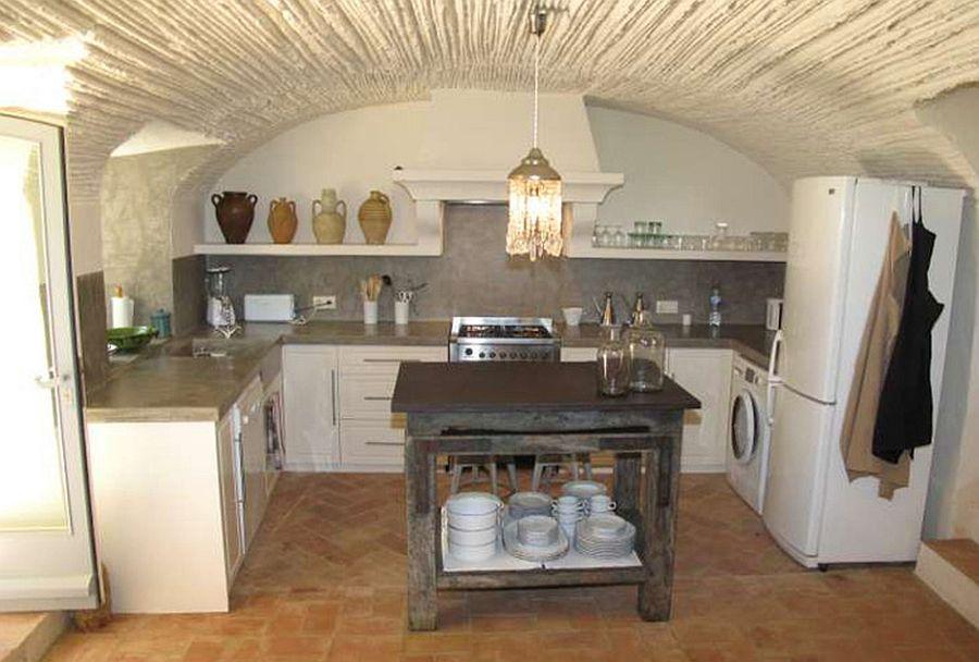 adelaparvu.com despre casa rustica Spania, hambar transformat in casa, arhitecti Lluís Auquer si Ferran Prats (14)