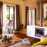 adelaparvu.com despre casa rustica cu aspect de hambar, casa Spania, arhitect Ivana Tuneu (1)