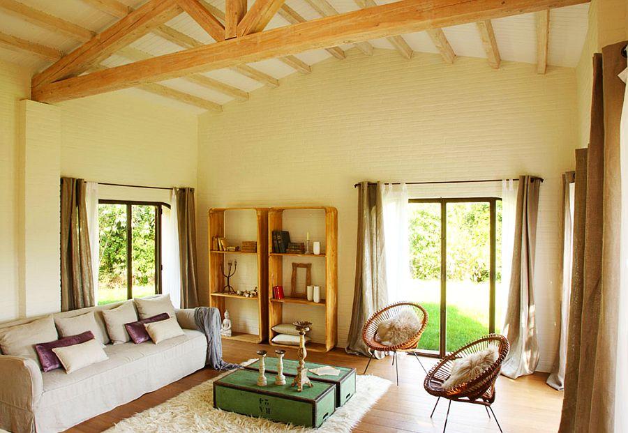 adelaparvu.com despre casa rustica cu aspect de hambar, casa Spania, arhitect Ivana Tuneu (17)