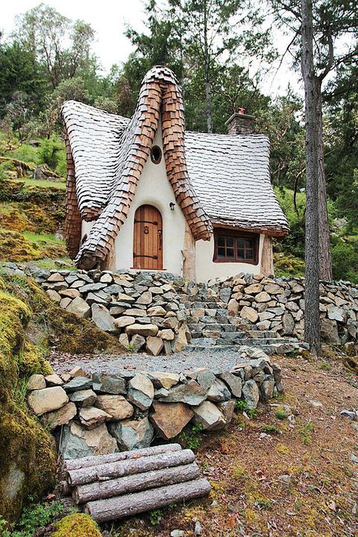 adelaparvu.com despre casuta de poveste, The Winckler, Victoria, Canada, design Lindcroft (16)