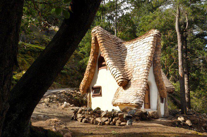adelaparvu.com despre casuta de poveste, The Winckler, Victoria, Canada, design Lindcroft (8)