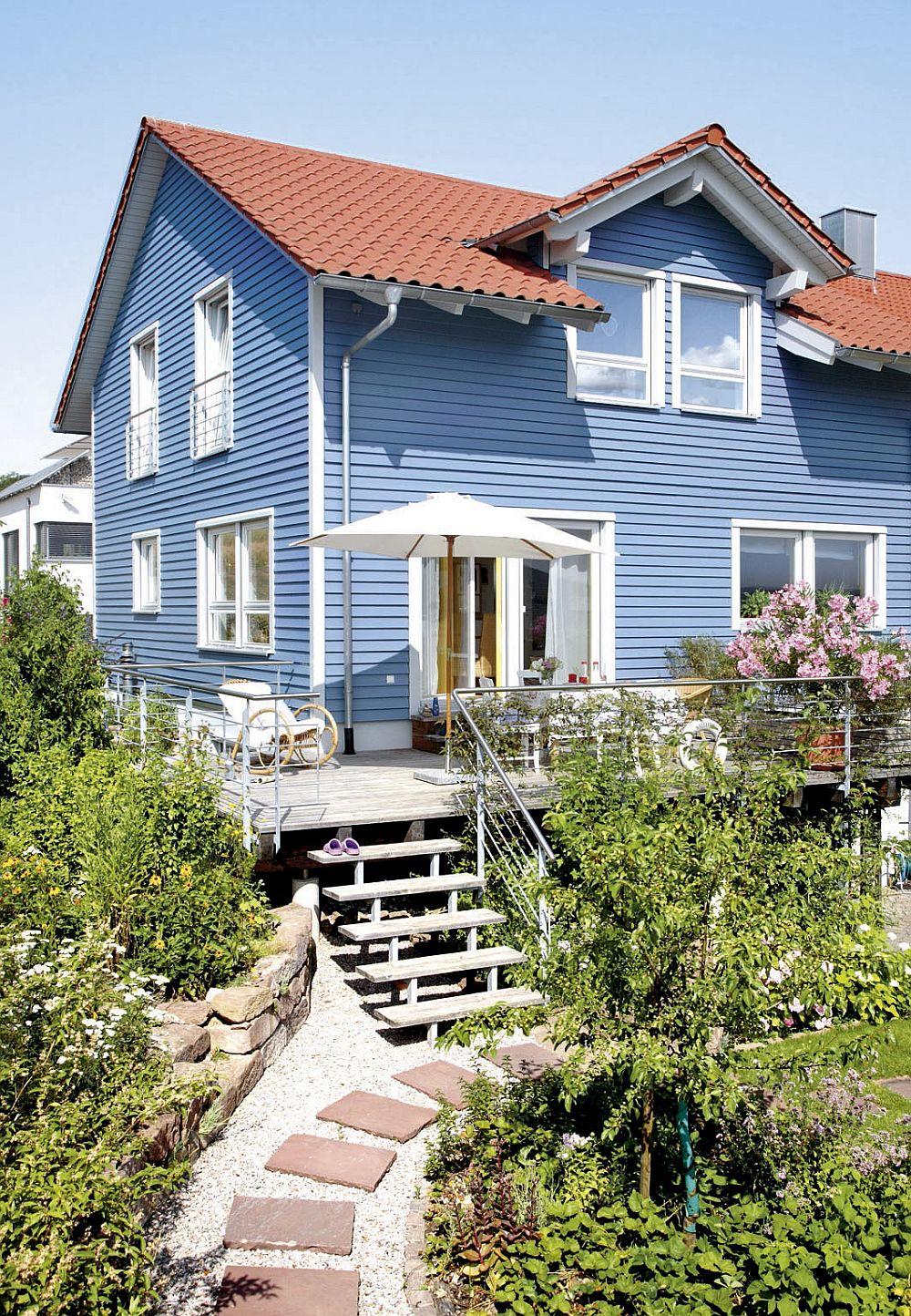 adelaparvu.com despre cat te costa repararea acoperisului, casa pentru familie, Foto Schwoerer Haus (1)
