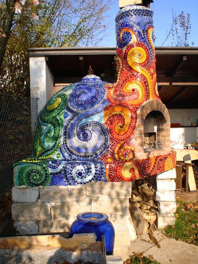 adelaparvu.com despre cuptor de paine in gradina decorat cu mozaic, artist Frances Green (3)