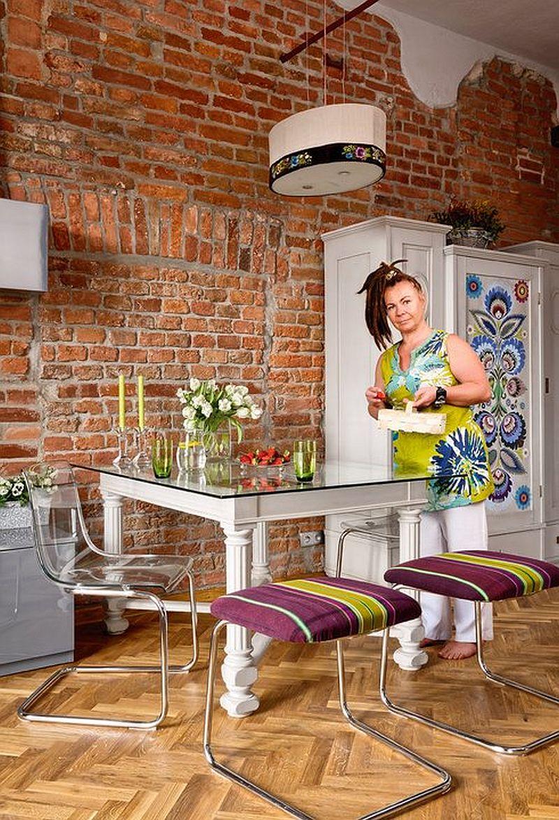 adelaparvu.com despre garsoniera de 33 mp cu decor etno, locuinta Polonia, Foto Mariuz Purta (2)