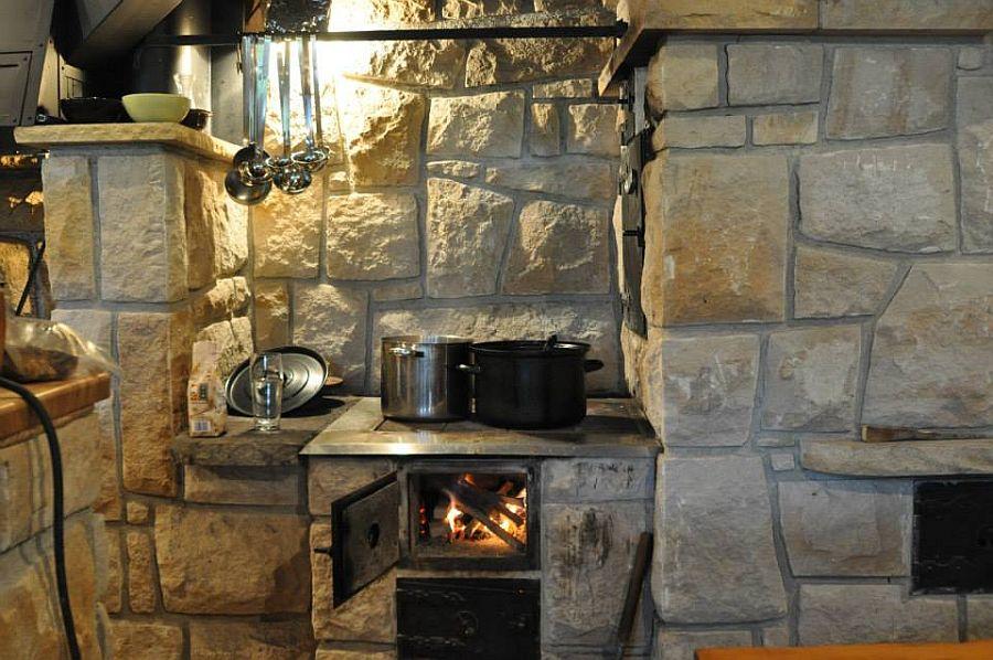 adelaparvu.com despre gratare din piatra, bucatarii de vara, design Zahradni Kuchyne, Cehia (18)