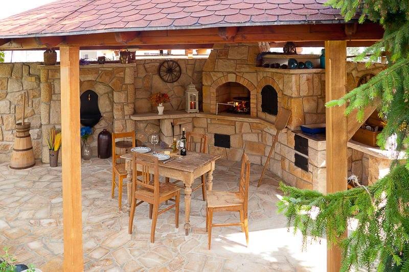 adelaparvu.com despre gratare din piatra, bucatarii de vara, design Zahradni Kuchyne, Cehia (3)