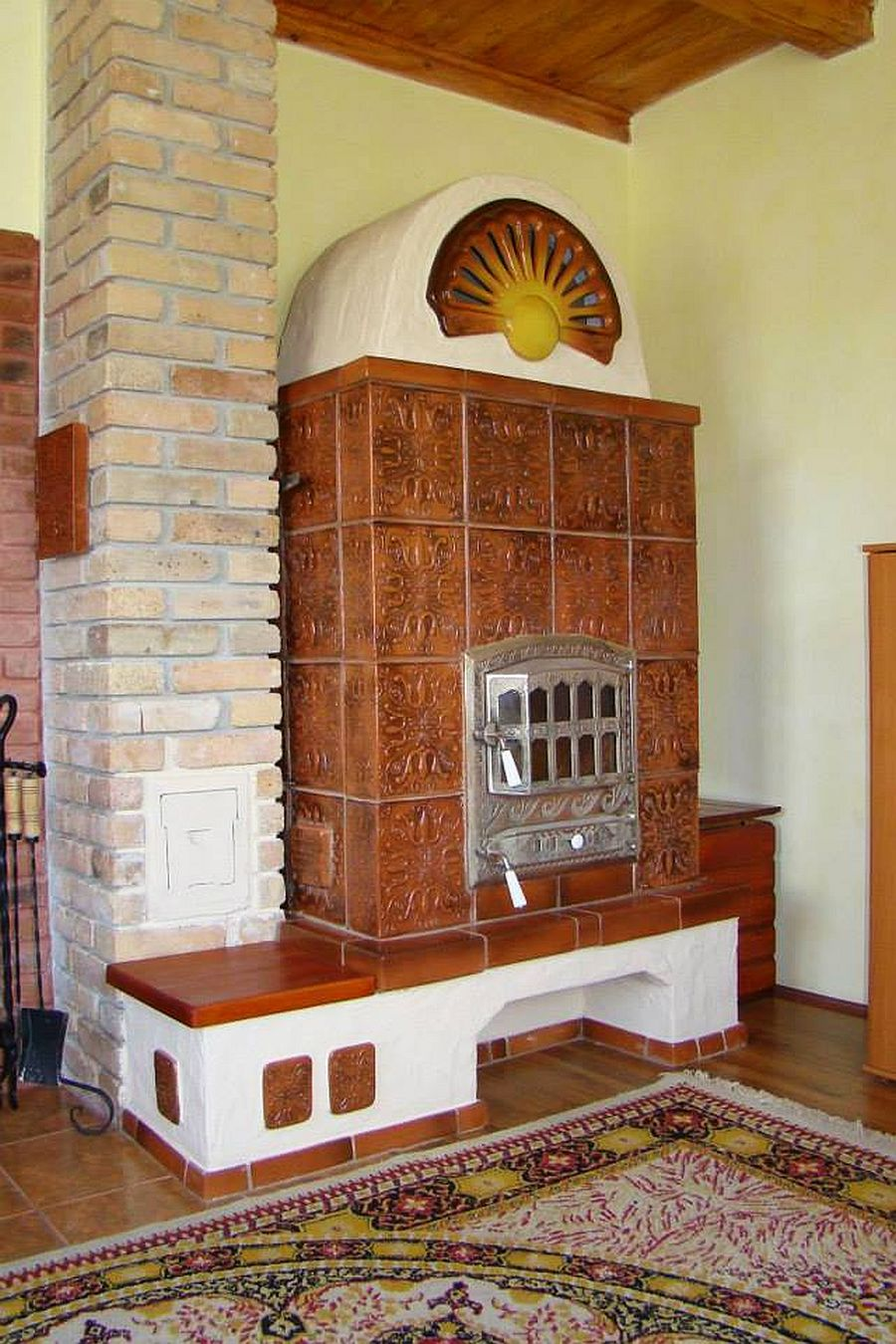 adelaparvu.com despre sobe, semineuri, gratare cu cahle de teracota si cahle pictate, Design AMRITA, Tg Secuiesc, Romania (13)