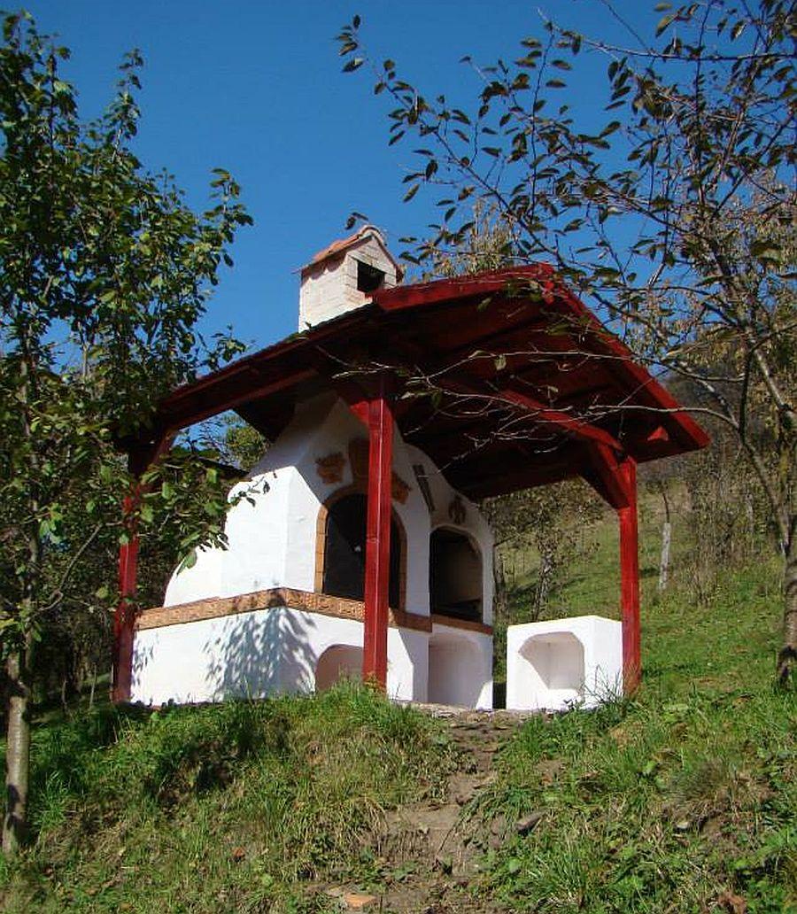 adelaparvu.com despre sobe, semineuri, gratare cu cahle de teracota si cahle pictate, Design AMRITA, Tg Secuiesc, Romania (47)