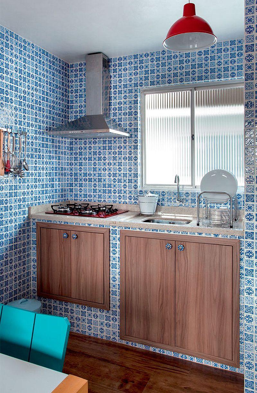 adelaparvu.com despre accente rustice in living deschis catre bucatarie, design blogger Ana Loureiro  (2)
