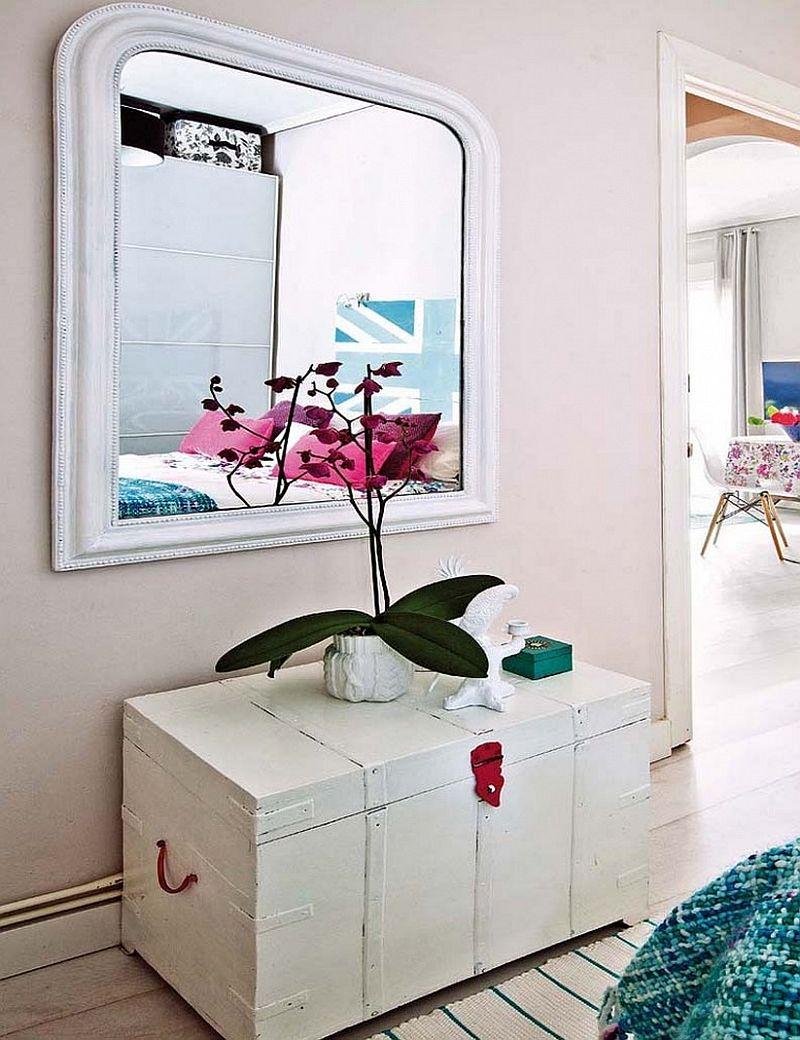 adelaparvu.com despre apartament de trei camere modificat, decor cu mobila second-hand, Foto MiCasa (11)