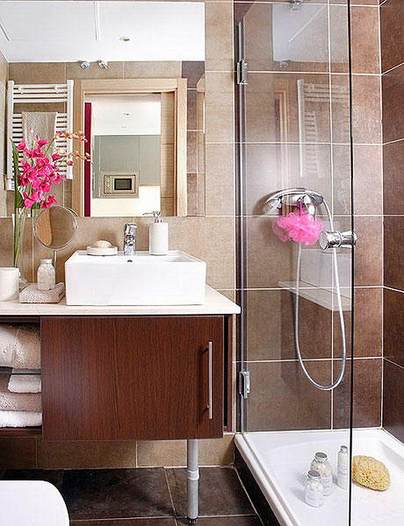 adelaparvu.com despre apartament mic 40 mp cu living separat de dormitor cu usa glisanta (4)