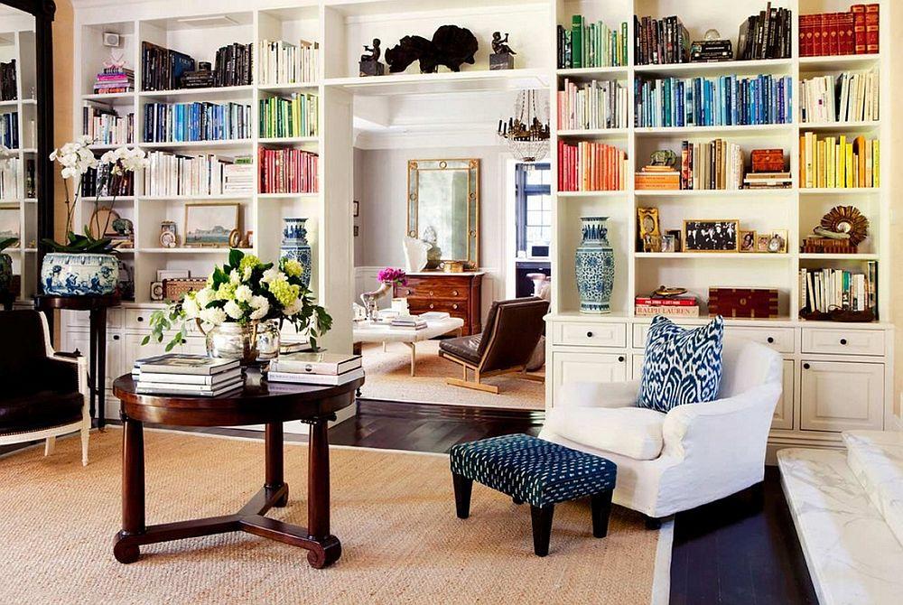 adelaparvu.com despre biblioteci in jurul ferestrelor si usilor, design Carol Vaughan-Davis