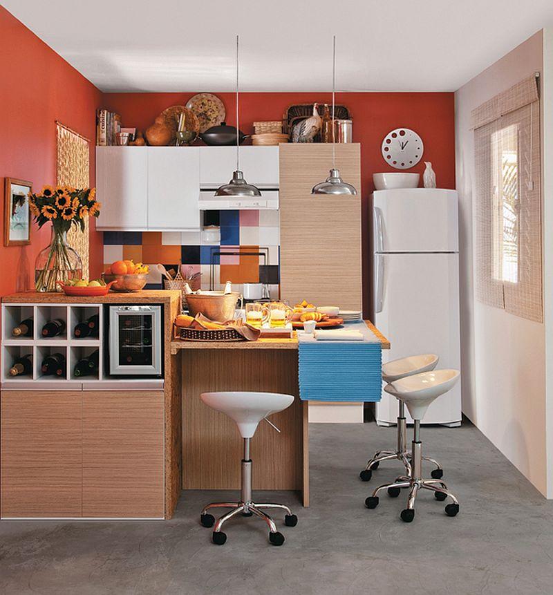 adelaparvu.com despre bucatarii mici, bucatarii colorate (2)