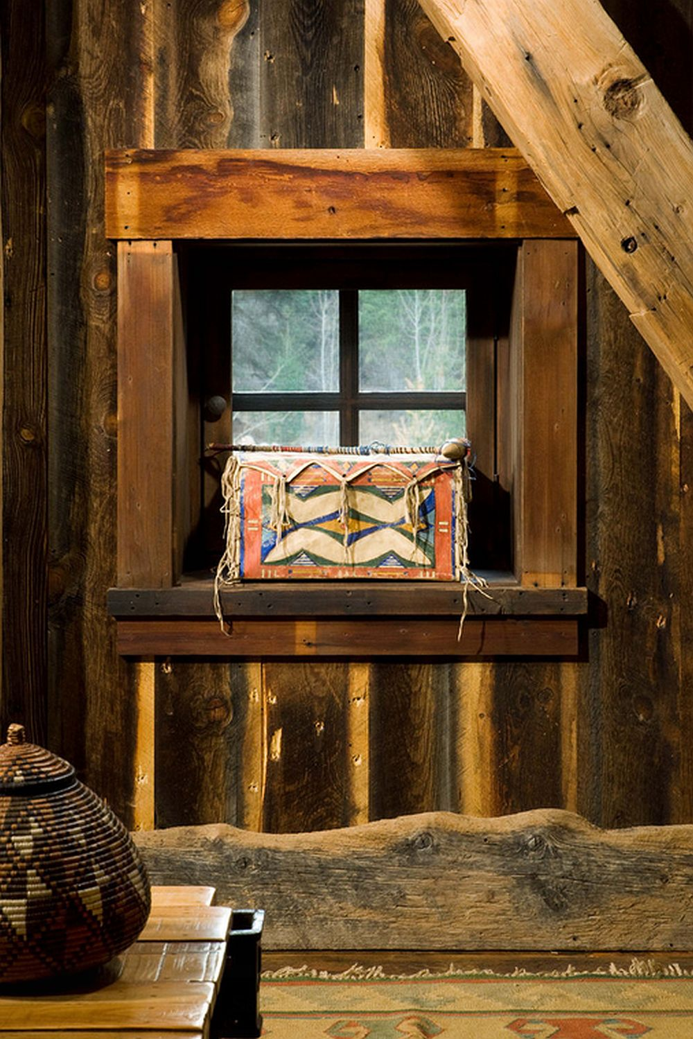 adelaparvu.com despre cabana din lemn vechi recuperat, cabana Swan Valley, Montana, RMT Architects (3)