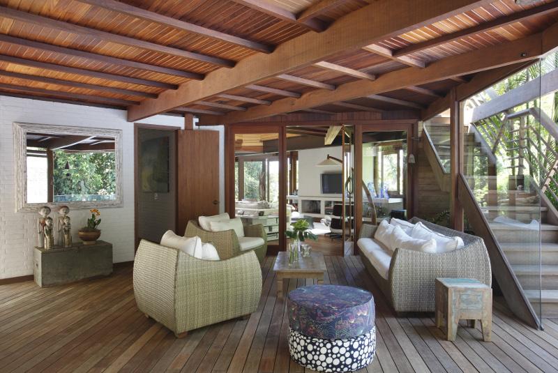 adelaparvu.com despre cabana la munte transformata in casa actuala, constructor Stewart Engenharia  (18)