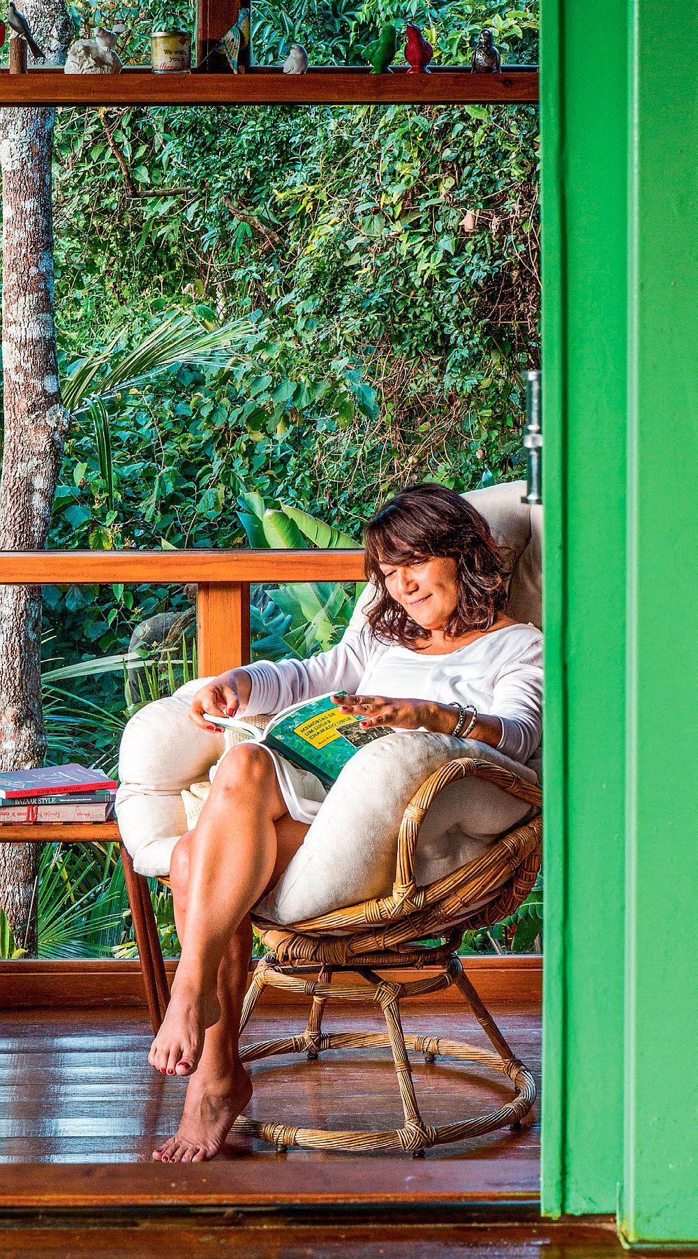 adelaparvu.com despre casa de vacanta cu ferestre turcoaz, casa din prefabricate, arh Sergio Rodiquez (1)
