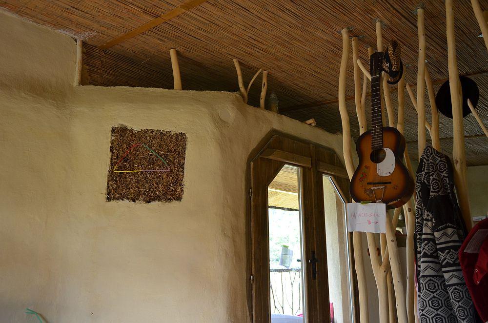 adelaparvu.com despre casa din baloti de paie Popasul Verde, Sangeorz Bai, Romania, proprietar Paul Axinte (29)