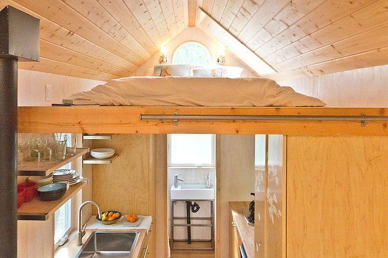 adelaparvu.com despre casa mica de 13 mp, casa pe roti, Sol House, design Vina Lustado (1)