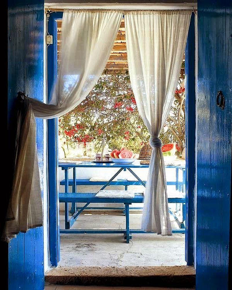 adelaparvu.com despre casa rustica cu tamplarie albastra, casa Spania, Formentera, design Paola Pier si Angelo Pier (11)
