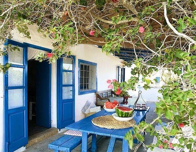 adelaparvu.com despre casa rustica cu tamplarie albastra, casa Spania, Formentera, design Paola Pier si Angelo Pier (12)