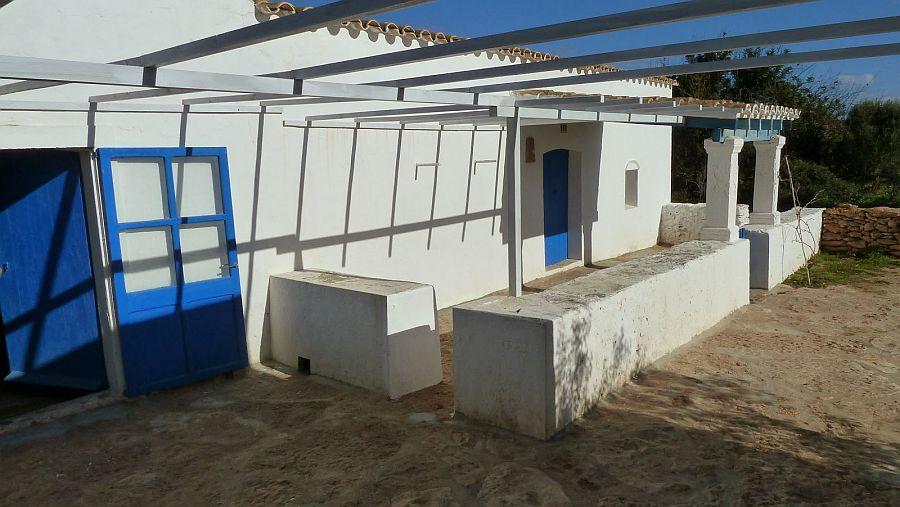 adelaparvu.com despre casa rustica cu tamplarie albastra, casa Spania, Formentera, design Paola Pier si Angelo Pier (17)