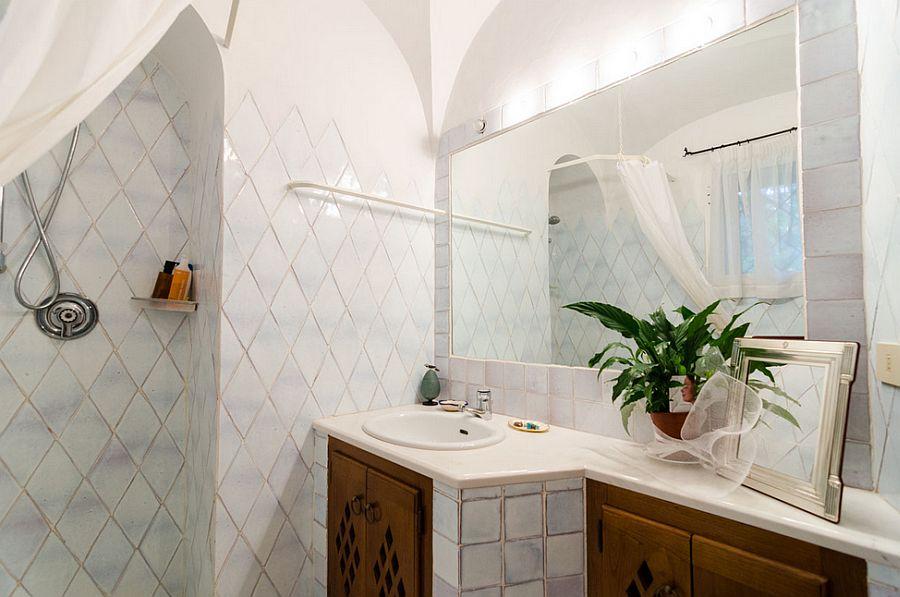 adelaparvu.com despre casa rustica cu terasa, casa rustica 90 mp in Porto Cervo Marina, Italia, arhitect Savin Couelle, Foto Portocervoonline (9)