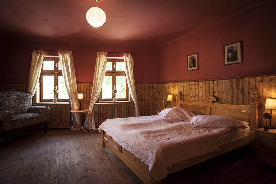 adelaparvu.com despre case traditionale sasesti la Cund, Valea Verde, Romania (2)