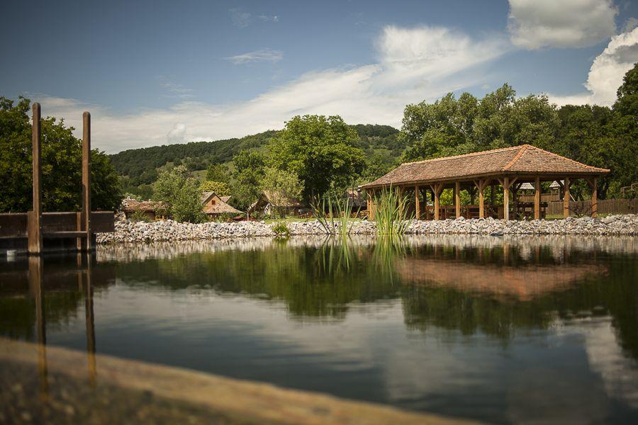 adelaparvu.com despre case traditionale sasesti la Valea Verde, Cund, Romania (13)