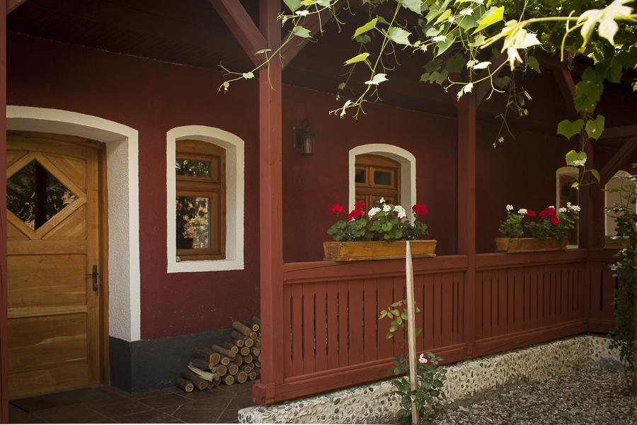 adelaparvu.com despre case traditionale sasesti, vacanta la tara la Valea Verde, Cund, Romania  6 (3)