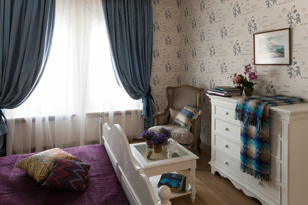 adelaparvu.com despre decor romantic la interiorul unui conac restaurat, vila Rusia, designer Lada Podolsky, DeCity (16)
