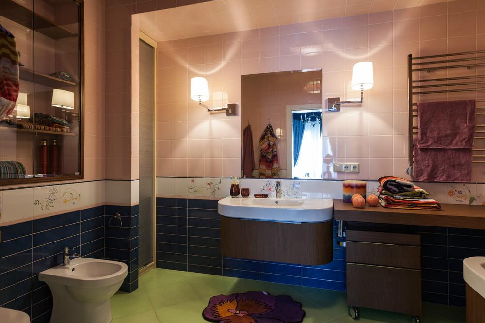 adelaparvu.com despre decor romantic la interiorul unui conac restaurat, vila Rusia, designer Lada Podolsky, DeCity (18)