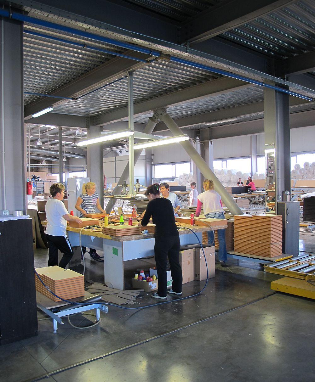adelaparvu.com despre mobila produsa in Romania, mobila Casa Rusu, Timisoara (1)