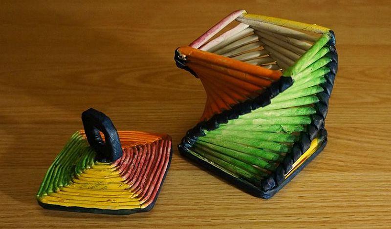 adelaparvu.com despre obiecte din hartie si materiale reciclate, design Andrei Radu, Weengf Design (1)
