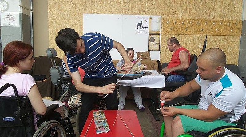 adelaparvu.com despre obiecte din hartie si materiale reciclate, design Andrei Radu, Weengf Design (16)
