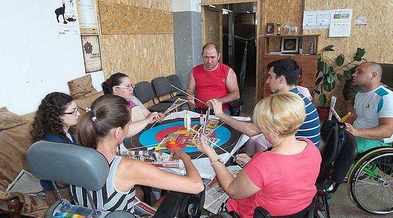 adelaparvu.com despre obiecte din hartie si materiale reciclate, design Andrei Radu, Weengf Design (17)