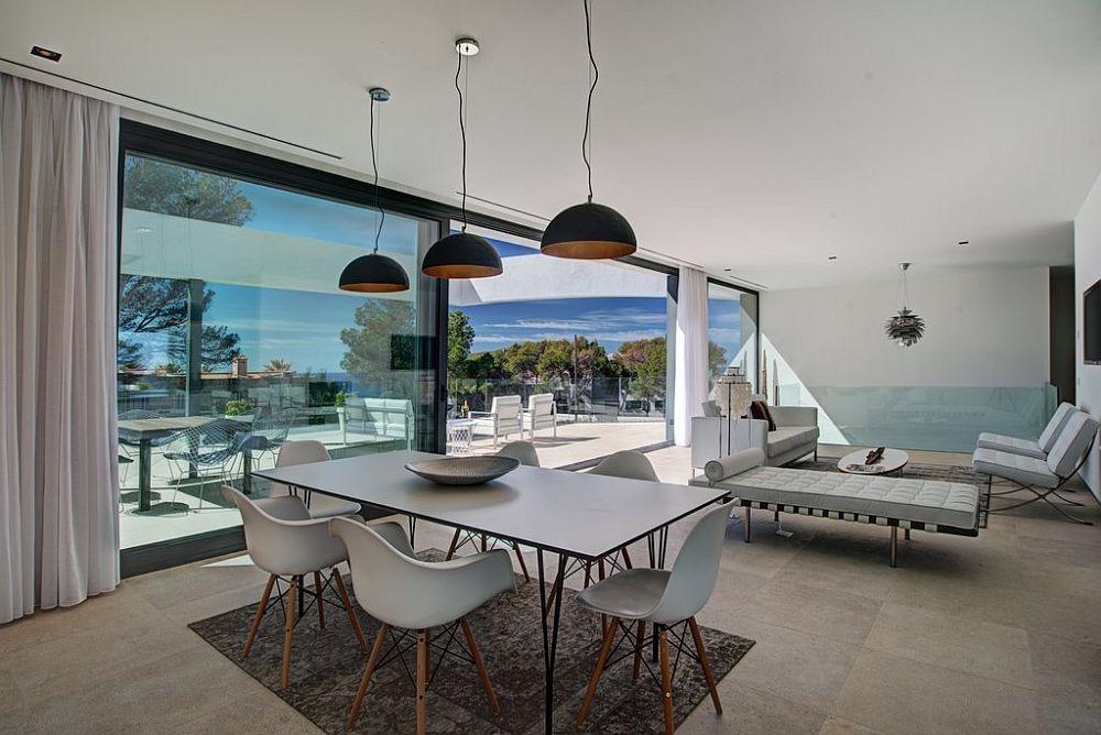 adelaparvu.com despre vila minimalista in Ibiza, Santa Ponsa, arhitecti Tono Vila Ramis si Joan Miquel Segui, Design interior Andreea Miinescu, Foto Signature Estate (16)