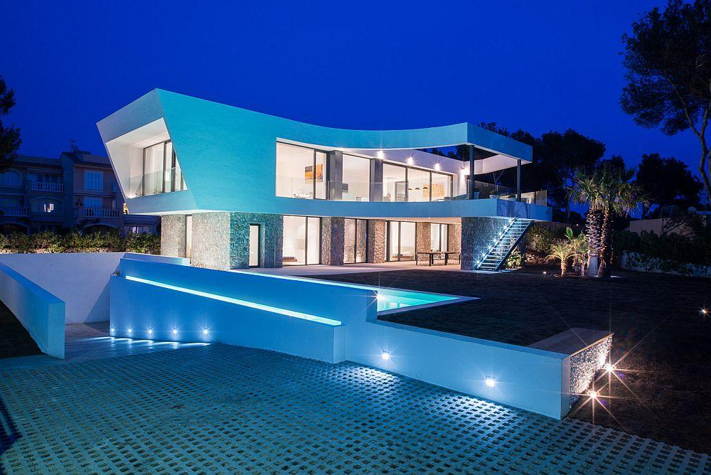 adelaparvu.com despre vila minimalista in Ibiza, Santa Ponsa, arhitecti Tono Vila Ramis si Joan Miquel Segui, Design interior Andreea Miinescu, Foto Signature Estate (20)