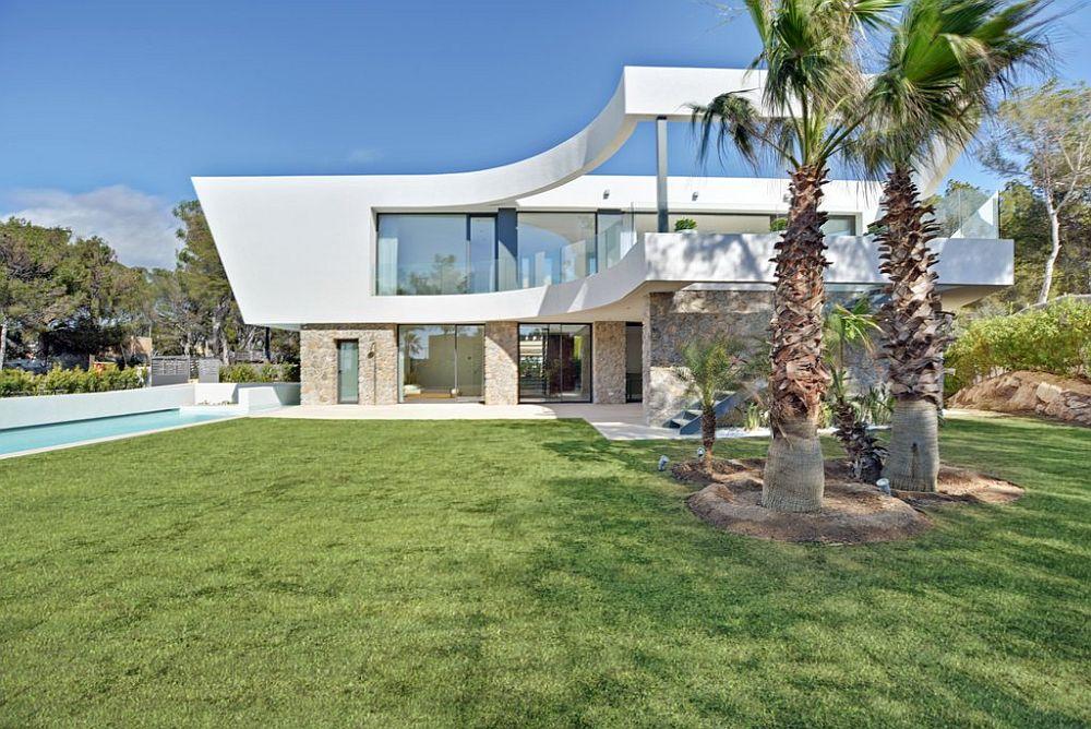 adelaparvu.com despre vila minimalista in Ibiza, Santa Ponsa, arhitecti Tono Vila Ramis si Joan Miquel Segui, Design interior Andreea Miinescu, Foto Signature Estate (4)
