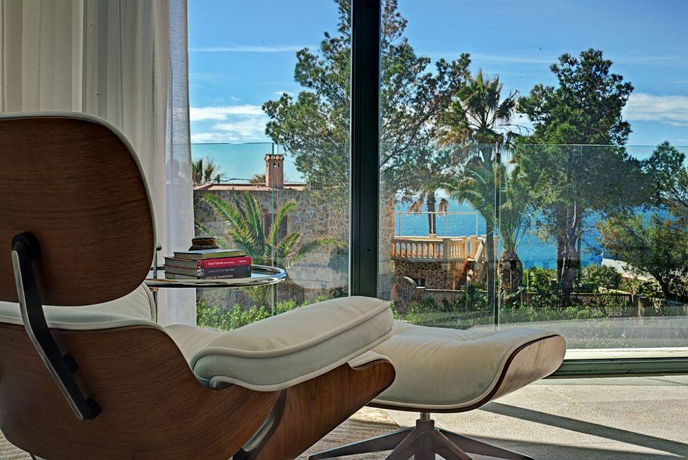 adelaparvu.com despre vila minimalista in Ibiza, Santa Ponsa, arhitecti Tono Vila Ramis si Joan Miquel Segui, Design interior Andreea Miinescu, Foto Signature Estate (7)