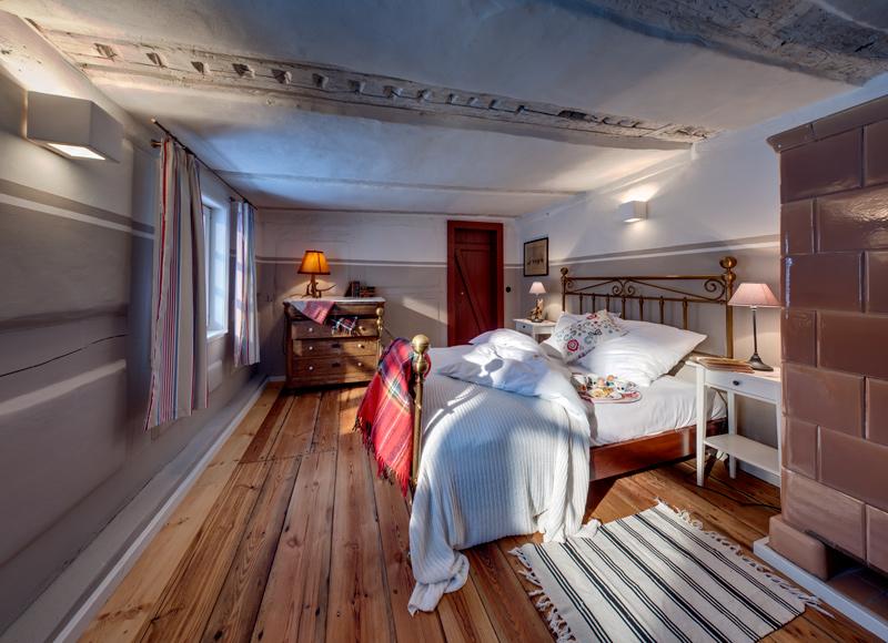 adelaparvu.com casa la tara cu acoperis de stuf, casa Germania, Roter Schwede  foto Traumhaff (10)