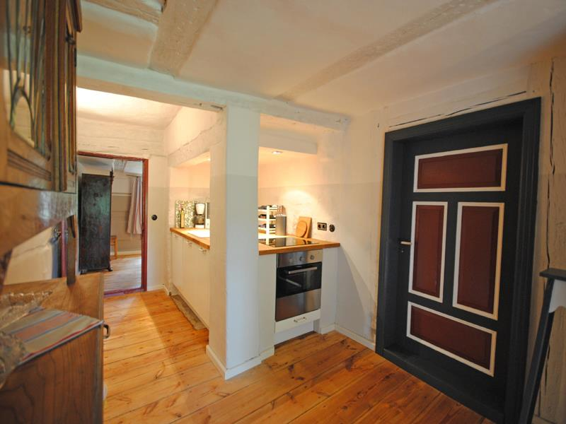 adelaparvu.com casa la tara cu acoperis de stuf, casa Germania, Roter Schwede  foto Traumhaff (3)