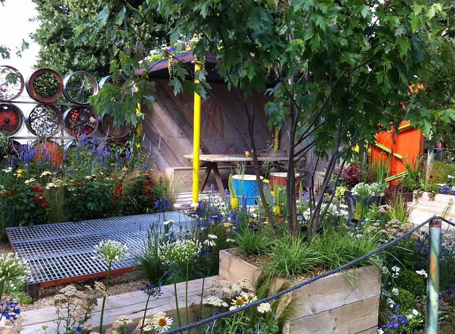 adelaparvu.com despre Gradina cu materiale reciclate, designeri Jeni Cairns, Sophie Antonelli, RHS Hampton Court Flower Show 2014 (13)