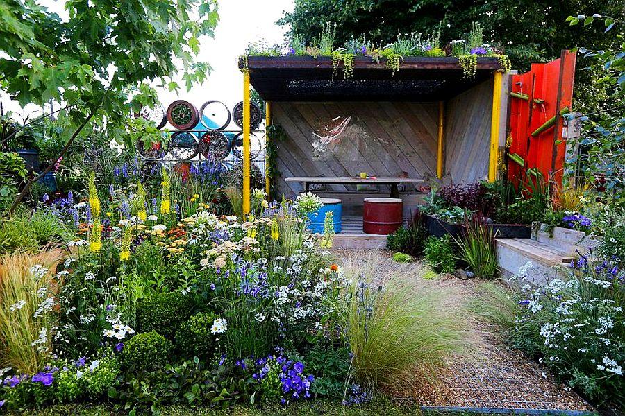 adelaparvu.com despre Gradina cu materiale reciclate, designeri Jeni Cairns, Sophie Antonelli, RHS Hampton Court Flower Show 2014 (14)
