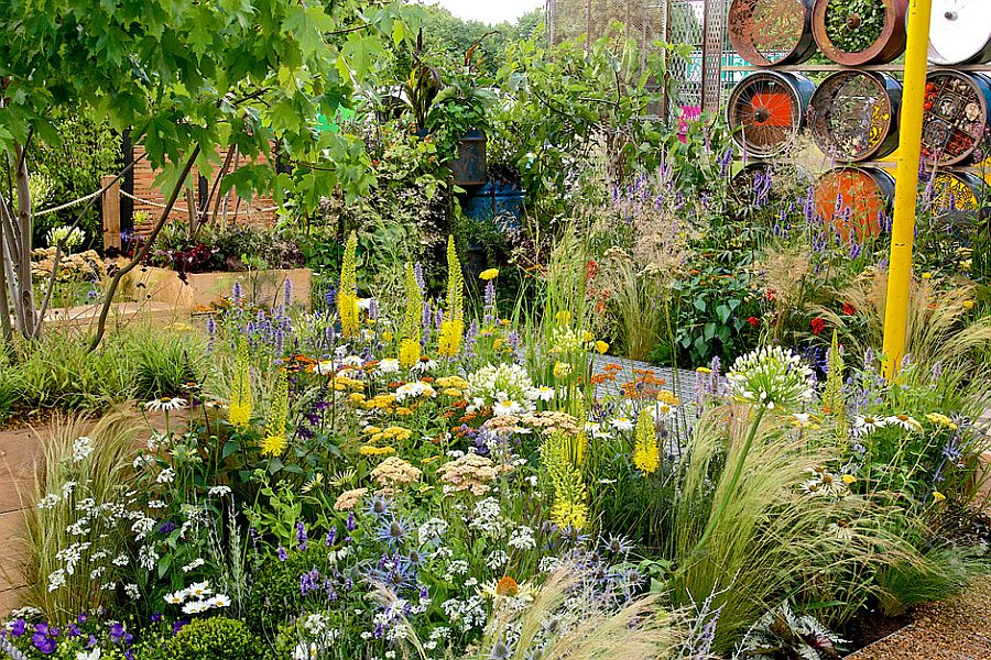 adelaparvu.com despre Gradina cu materiale reciclate, designeri Jeni Cairns, Sophie Antonelli, RHS Hampton Court Flower Show 2014 (3)
