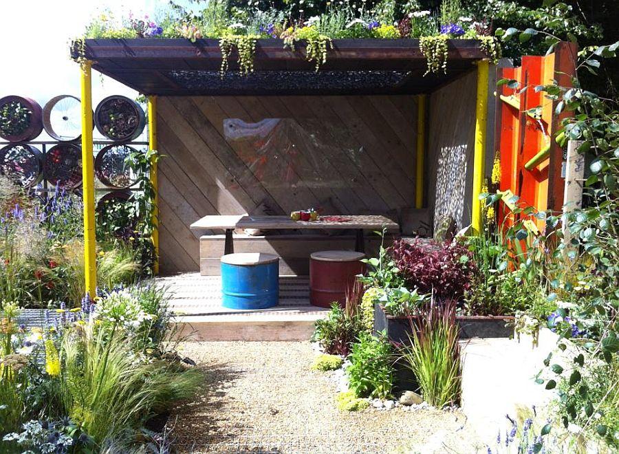 adelaparvu.com despre Gradina cu materiale reciclate, designeri Jeni Cairns, Sophie Antonelli, RHS Hampton Court Flower Show 2014 (4)