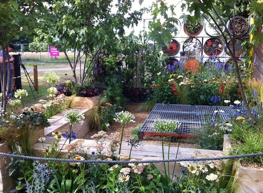 adelaparvu.com despre Gradina cu materiale reciclate, designeri Jeni Cairns, Sophie Antonelli, RHS Hampton Court Flower Show 2014 (6)