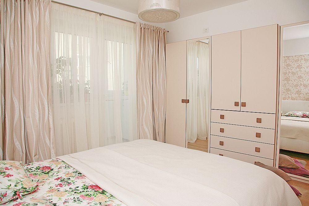adelaparvu.com despre amenajare apartament Bucuresti, design interior Alia Bakutayan si Daniel Tufis - Valdecor (30)