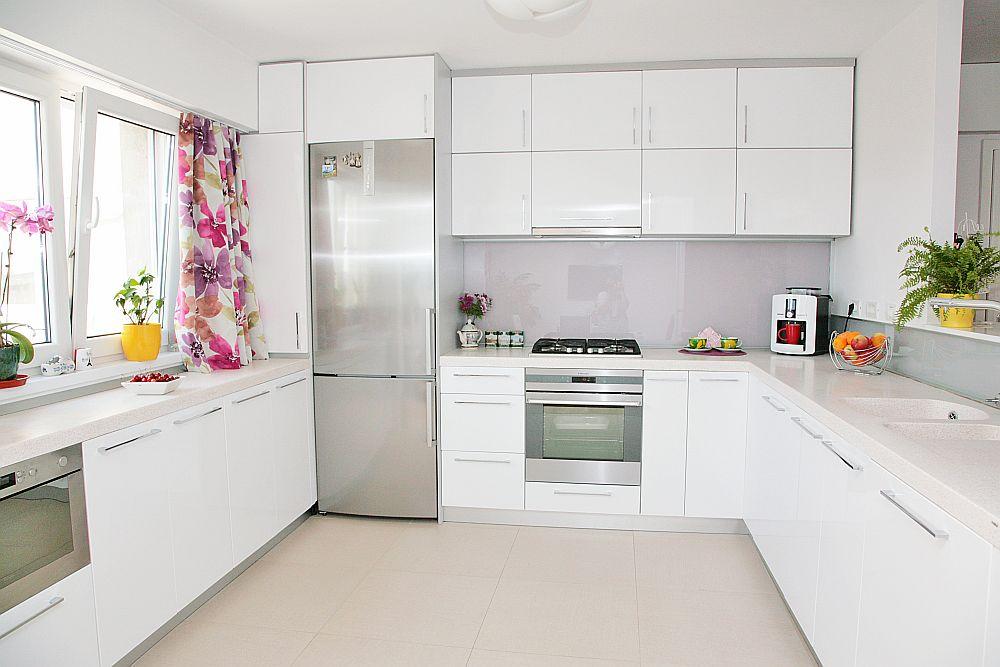adelaparvu.com despre amenajare apartament Bucuresti, design interior Alia Bakutayan si Daniel Tufis - Valdecor (4)