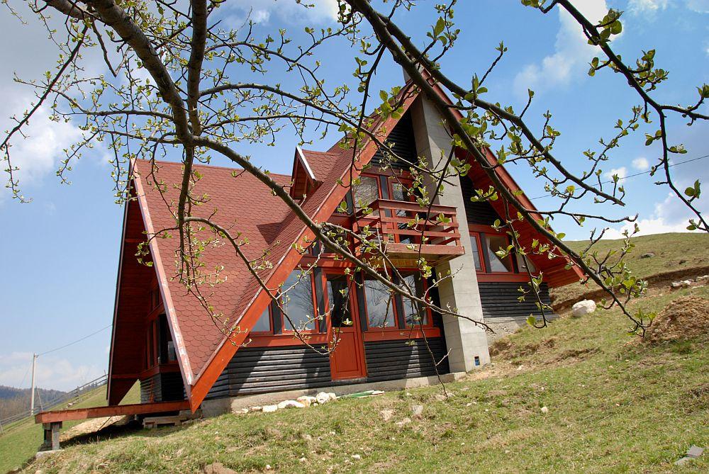 adelaparvu.com despre casa de munte Bucegi, casa din lemn, arh Adina Samoil (2)